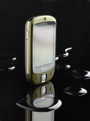 htc touch p3450 front angle gold