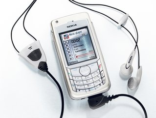 <strong>NOKIA 6682 MUSIC SERVICE</strong> preview photo