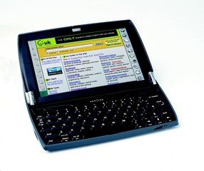PSION SERIES 7 OPEN ANGLE