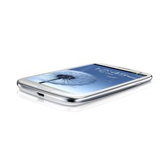 SAMSUNG GT-I9300 GALAXY S III BOTTOM ANGLE WHITE 1
