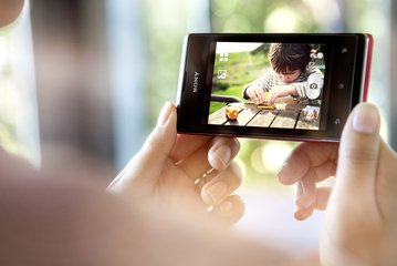 sony xperia e 1 red video